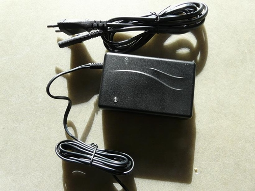 Charger for Sonatest Sitescan series 2 pin Lemo eq.